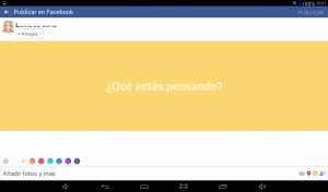 textos con fondo de color en Facebook